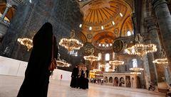 OBRAZEM: V Istanbulu vrcholí přípravy na přeměnu chrámu Hagia Sofia na mešitu