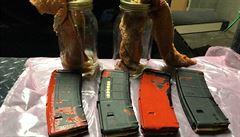 Portlandská policie našla v parku na místě protestů zápalné láhve a plné zásobníky
