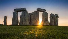 Vědci vypátrali, odkud pocházejí velké kamenné bloky ze Stonehenge. Pomohl jim vzorek z 50. let