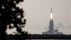 Z mysu Canaveral odstartovali čtyři astronauti k ISS v lodi firmy SpaceX