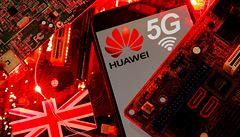 Studie 'Oxfordu' na objednávku Huaweie straší propadem ekonomiky. S univerzitou ale nemá nic společného