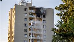 Vyšetřování tragického požáru v Bohumíně pokračuje, v blízkosti bytu byly nalezeny stopy po hořlavé látce