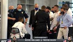UFC ve strachu o bojovníky. Během galavečera zkolabovali hned dva z nich
