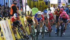 Znovu šlo o život. Cyklisté viní UCI z nebezpečných dojezdů, chtějí jejich zrušení
