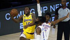 Basketbalisté Oklahomy poprvé v sezoně porazili Lakers, v tabulce se dotáhli na Houston