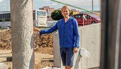 Český výtvarník Zlamal vytvořil pro Šternberk betonové plastiky