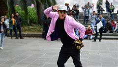 MEXICKÉ PODIVNOSTI: A možná přijde i klaun. Jak se ze zábavy pro děti stala zábava celé země