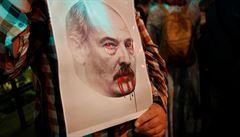 V Minsku pokračují protesty. Hlášeno je znovu vypínání internetu, policisté opět zatýkají
