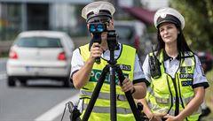 Německo zvažuje zavedení dalších restrikcí, policie si došlápne na řidiče a Vojtěch promluví s obchodníky