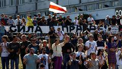 V Bělorusku proběhl mohutný protivládní protest. Přišlo až 200 000 lidí. 'Lukašenko do policejního antonu!' volali