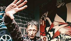 Graffiti je špína! Usekal bych jim ruce, říká známý grafik a ilustrátor. Nejlepší humor mají podle Hughese chudí