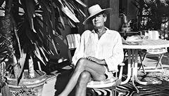 Jak žil Helmut Newton? Film Nestoudná krása přiblíží život legendy módní fotografie