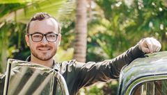 Na Zanzibaru se dělaly testy na covid zdarma, na Afriku to je unikát, říká Čech. Pokutu dostal kvůli roušce