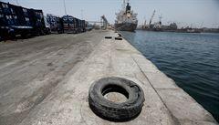 Senegal se chce zbavit 2700 tun ledku uskladněného v Dakaru. Silná exploze stejné látky poničila Bejrút