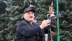Lukašenko 'povolal armádu do zbraně', uzavře hranice s kritiky režimu: Polskem a Litvou