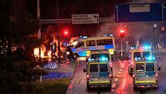 VIDEO: Extremisté ve Švédsku spálili korán a zveřejnili to na internetu. V ulicích pak propukly nepokoje