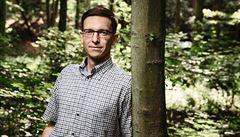 Některé druhy hub mohou kvůli změně klimatu zmizet, nebezpečnější je ale kondice lesů, varuje půdní ekolog