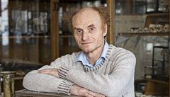 Naším cílem by měl být 'hodný' vir, říká evoluční biolog Jaroslav Flegr