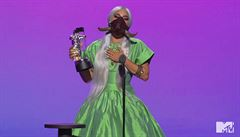 Nejlepší hudba roku a stylové roušky. Lady Gaga ovládla udílení cen MTV