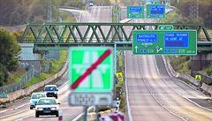 PŘEHLEDNĚ: Papírové dálniční známky skončily. Co potřebujete před pořízením jejich elektronické verze vědět?