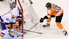 Cesta za blízkými plná úskalí. Rodiny osamocených hráčů NHL raději zůstávají doma
