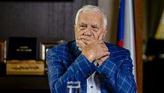 Finance prý po listopadu 1989 poslaly tajně mnohamiliardovou půjčku do SSSR. Klaus popřel, že by o tom věděl