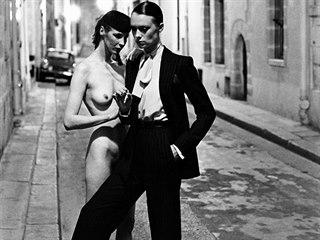 Kontroverzní fotograf německého původu Helmut Newton byl první, kdo přinesl do...