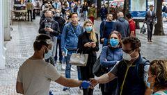 V Evropě přitvrdí boj proti koronaviru, také česká vláda chystá další kroky. Kvitová si zahraje o finále French Open