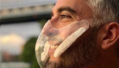 Designérka navrhla průhledné respirátory třídy N95. Na jejich výrobu lidé přispěli už téměř 6,8 milionu