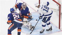 Do finále NHL postoupila Tampa Bay s Palátem, v prodloužení zdolala Islanders 2:1