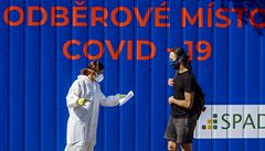 Za úterý přibylo rekordních 4457 případů covidu. Česko už je v přepočtu na obyvatele nejhorší v EU