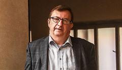 Krátce z justice: Profesor Jelínek slaví jubileum. Přiznání bezplatné obhajoby podléhá dle ÚS jedinému kritériu