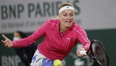 Deštivá Paříž komplikuje Roland Garros. Kvitová návrat oslavila postupem, Muchová finále nezopakuje
