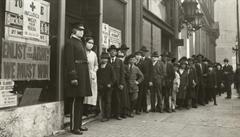 Poučení pro Česko? Odmítači roušek brojili už při španělské chřipce v San Franciscu, druhá vlna byla zničující