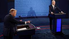 Biden má být hned otestován kvůli debatě s nakaženým Trumpem, říká expert. Viceprezident Pence je negativní