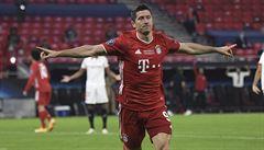 Nejlepším fotbalistou roku je podle UEFA Polák Lewandowski. Porazil Neuera i De Bruyneho