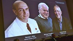 Nobelovu cenu za lékařství dostali objevitelé viru způsobujícího žloutenku typu C