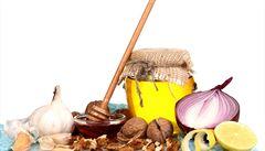 VAŘENÍM PROTI COVIDU: Zařaďte do jídelníčku více česneku, posilníte tím svou imunitu