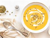 Dýňová polévka se zakysanou smetanou. Jak na ni?