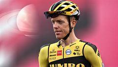 Giro má dalších osm pozitivních případů. Končí Kruijswijk, Matthews i celé dva týmy