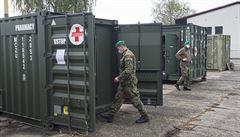 Vojáci chystají polní nemocnici v Letňanech. Převezou přes 80 lůžek
