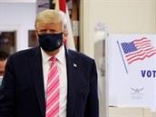 Trump odmítl, že by vzdal boj s pandemií. Média o ní podle něj informují jen proto, aby ho poškodila