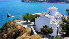 S koupí zájezdu do Řecka bych počkal, radí český velvyslanec z Athén. Nyní si zde turismus nedokáže představit