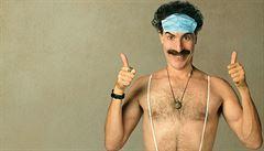 'Hulí' Borat trávu? Sacha Baron Cohen se kvůli reklamnímu billboardu hodlá soudit