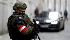 Rakousko ve Vídni zavře dvě mešity. Radikalizaci živí i kazatelé nenávisti, řekla ministryně