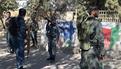 Útok v Kábulu si vyžádal osm mrtvých, řada z bomb dopadla blízko Zelené zóny