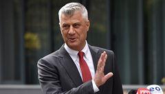 'Ovzduší beztrestnosti a zastrašování'. Kosovský exprezident před zatčením ovlivňoval svědky, uvedl tribunál