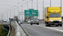 Řidiči mají problém s dálničními známkami. Mnozí omylem zaplatí za jiné auto a své peníze už nedostanou