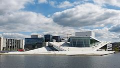 Bílá záře nad fjordem. Operní dům v Oslu sbírá od svého vzniku jedno ocenění za druhým