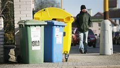 Stát má plán na třídění bioodpadu. U každého domu hnědá popelnice